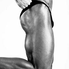 Основная группа мышц упражнения- Становая тяга с гантелями на прямых ногах